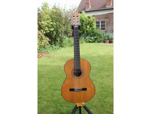 Классическая гитара ADMIRA-PALOMA