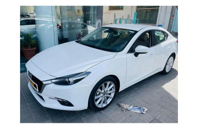 Срочно продам автомобиль Mazda 3, г/в 2018